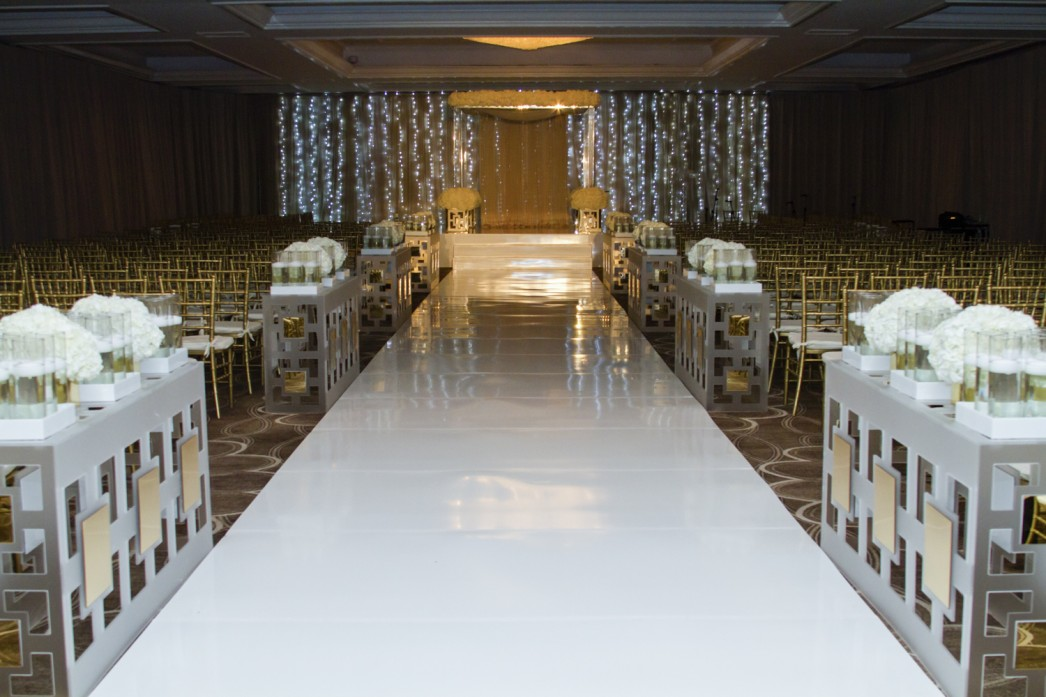 Jose-Graterol-Designs-Turnberry-Isle-Best-Miami-Wedding-chuppah-huppah-chupah-chuppa-jewish-ceremony-1046x697